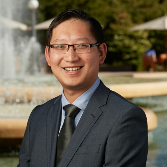 Dr Johnny Wong